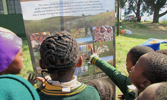 Dargle Primary School children learn about the Conservancy